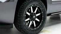Chevrolet Suburban with Fuel 1-Piece Wheels Maverick - D537