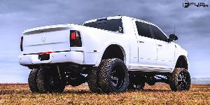 Maverick Dually Rear - D538 on Dodge Ram 3500 Dual Rear Wheel