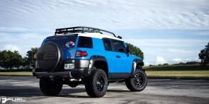 Toyota FJ Cruiser with Fuel 1-Piece Wheels Hostage - D531