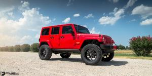 Jeep Wrangler with Fuel 1-Piece Wheels Coupler - D575
