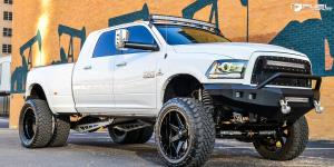 Dodge Ram 3500 with Fuel Dually Wheels Maverick Dually - D262