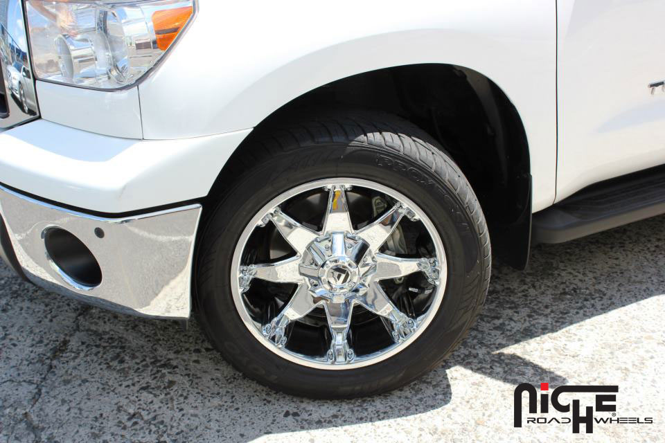Toyota Tundra Octane - D508 Gallery - Fuel Off-Road Wheels