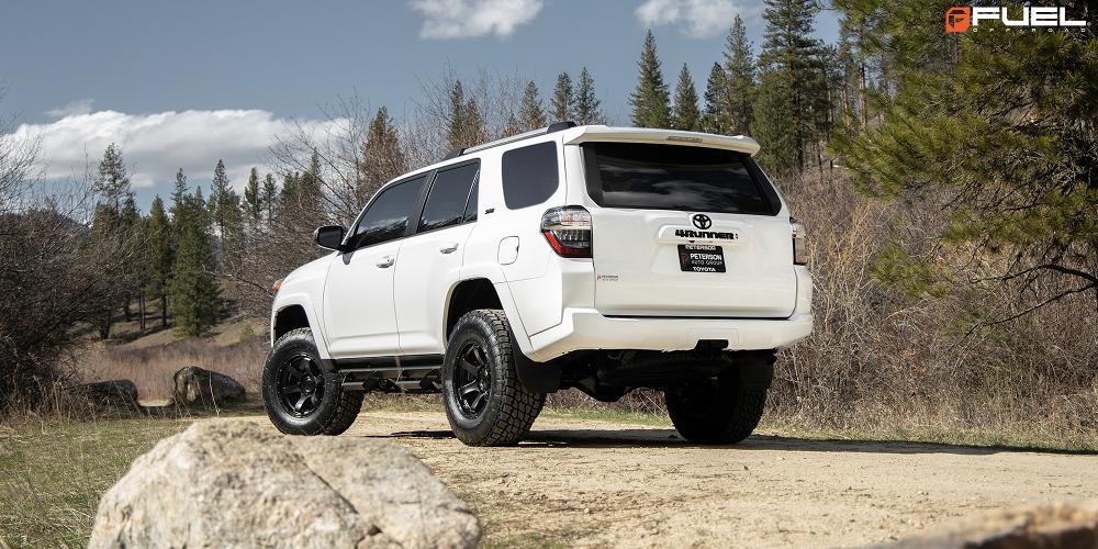Toyota 4Runner Rush - D766