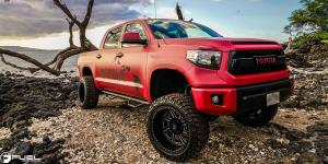 Toyota Tundra with Fuel Forged Wheels