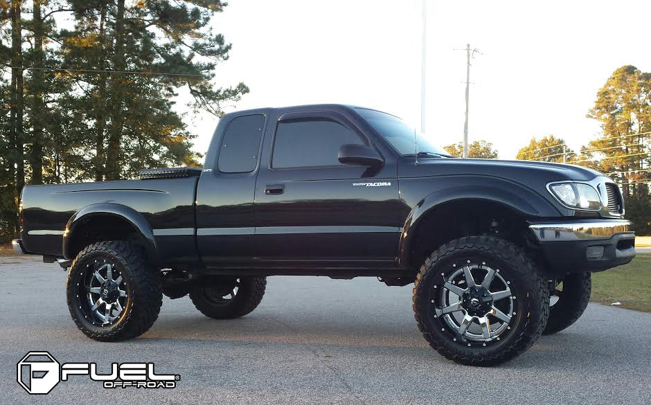 Toyota Tacoma Maverick D260 Gallery Fuel Off Road Wheels