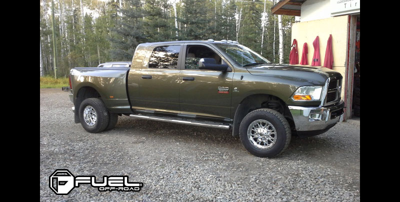 Dodge Ram 3500 with Fuel Dually Wheels Throttle Dually Front - D213